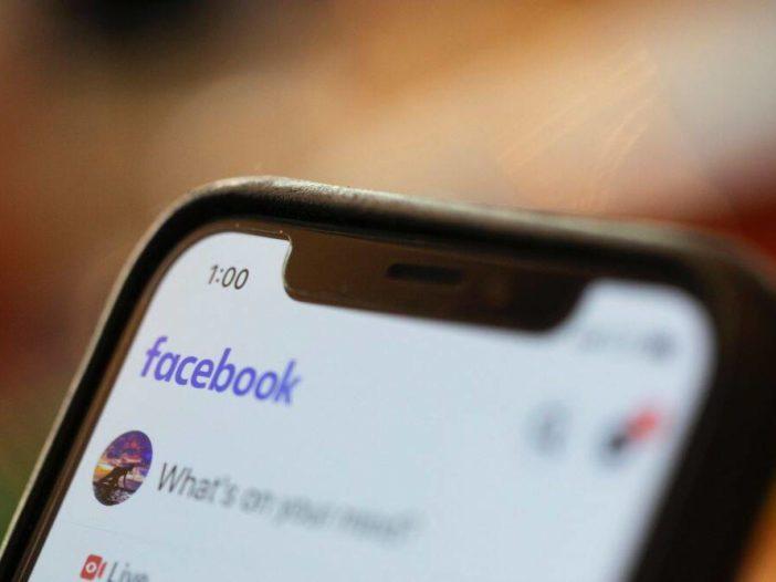 Con il passare del tempo, Facebook afferma di voler rispettare le regole IT; Google per perfezionare l'approccio